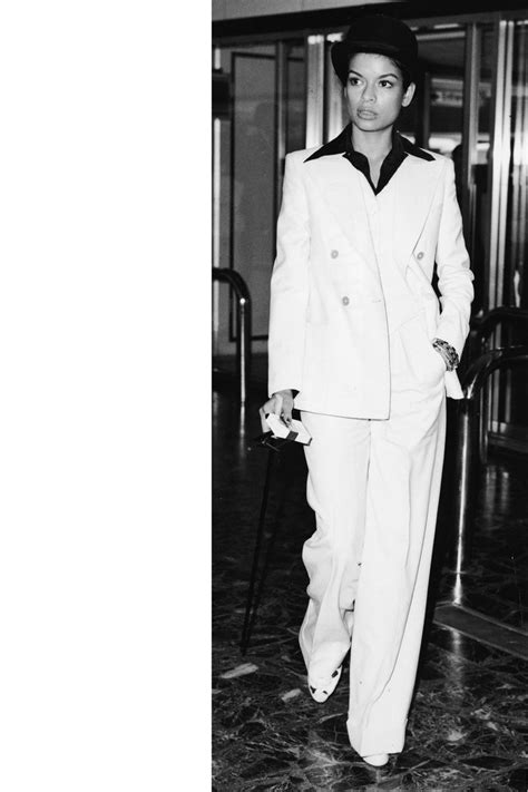 Female Style Icons In the Fashion Industry - Powerful