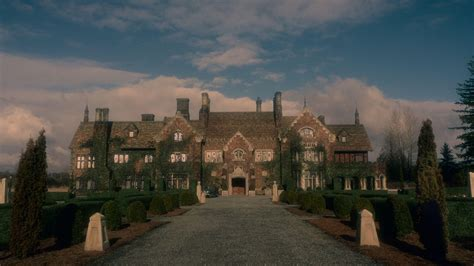 The Haunting of Bly Manor Zillow listing is creepy