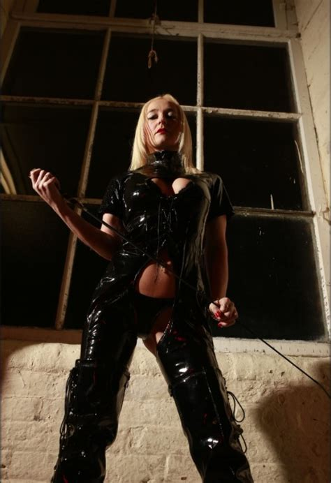 Miss Luci White of Manchester | UK Mistresses Dominatrix Guide