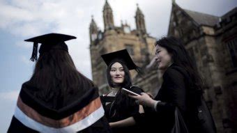Foreign university students need help to learn English