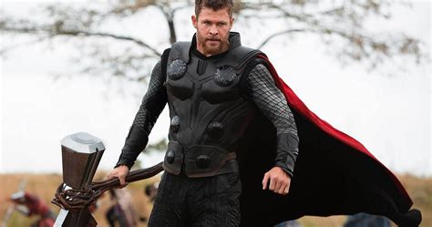 Thor Trades Stormbreaker for a Big Gun in Early Infinity