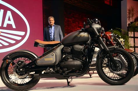 Video: Jawa alive again! Jawa, Forty Two, Perak launched
