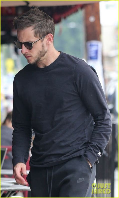 Jamie Bell Visits Bookstore After Welcoming Child With