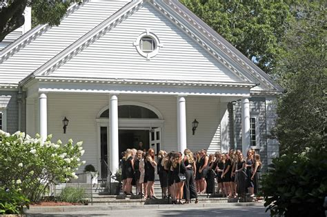 Kennedy family gathers for Saoirse Kennedy Hill's funeral