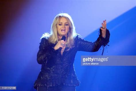 Bonnie Tyler Pictures and Photos - Getty Images