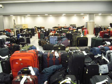 Lost Luggage Credit Card Protection and The Lack of