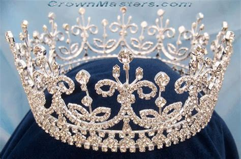 Girls of Great Britain and Ireland Crown Replica