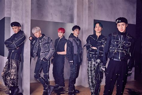 EXO achieved a double-crown on Gaon Charts with the 6th