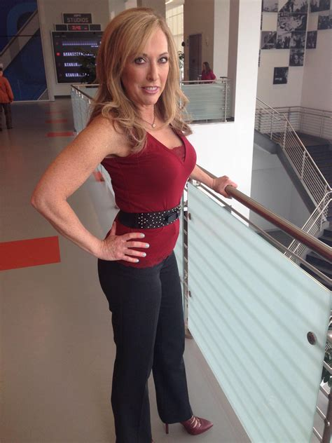 """Linda Cohn on Twitter: """"Fired up Friday! Who's with me"""