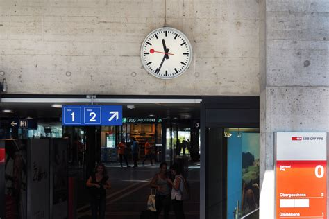 No signs of aging for the 75-year old Swiss Railway clock