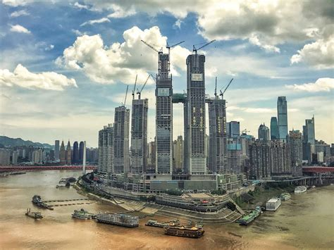 China is building a 1,000-foot-long 'sidescraper' in the